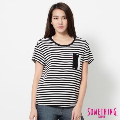 SOMETHING 條紋口袋基本T恤-女-黑色