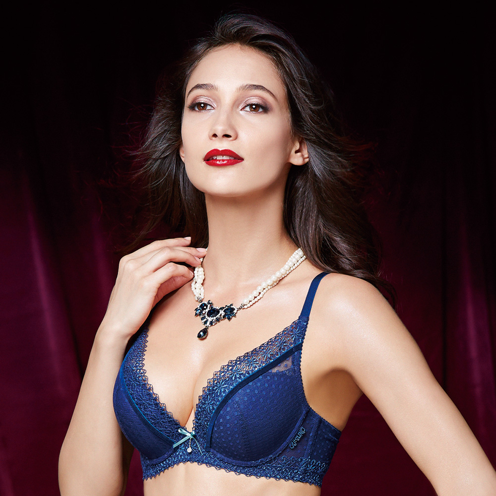 La Felino - 桃色戀情3/4深V泡棉款B-E罩杯內衣 (艷藍色)
