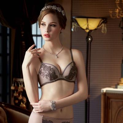 曼黛瑪璉  Marie One 刺繡蕾絲內衣  B-D罩杯(高雅紫)