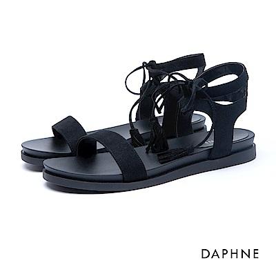 達芙妮DAPHNE 涼鞋-羅馬款綁帶絨面流蘇平底涼鞋-黑