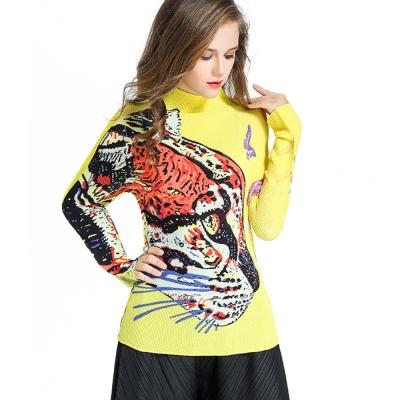 歐美動物印花高領壓摺長袖上衣(共二色)-糖潮