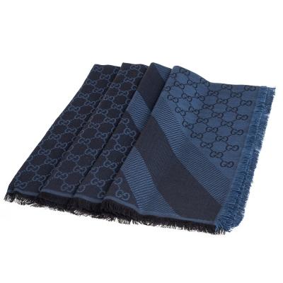 GUCCI 經典GG緹花線條羊毛混絲斜紋雙色流蘇披巾/圍巾(黑X藍)