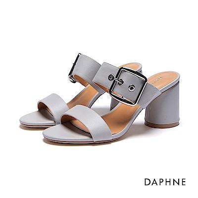 達芙妮DAPHNE 涼拖鞋-撞色大方扣圓柱粗跟一字涼拖鞋-灰