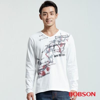 BOBSON  男款V領印圖上衣-白色