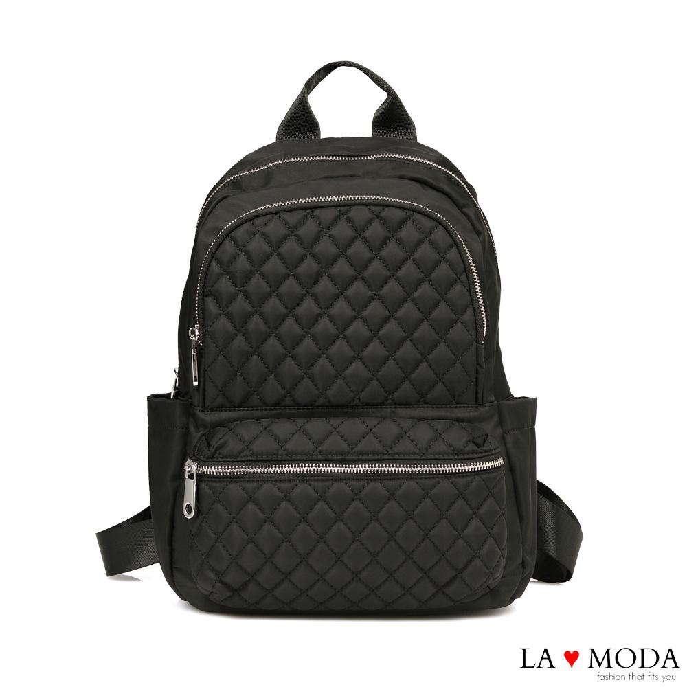 La Moda 經典時尚小香風出國旅行防潑水超大容量菱格紋後背包(黑)