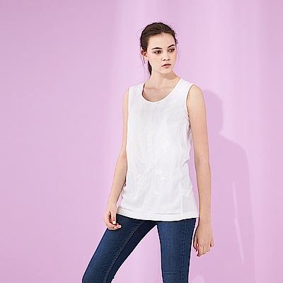 Chaber巧帛 微甜淨白圓領手繪感刷色印花無袖長版造型上衣(兩色)-白