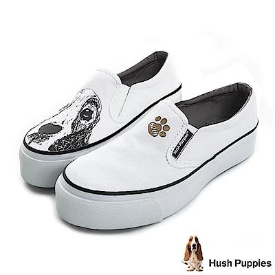 Hush Puppies 巴吉度狗印花咖啡紗厚底懶人鞋-白色