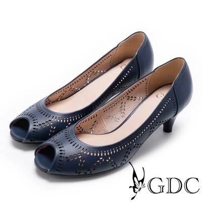 GDC-真皮雕花優雅縷空魚口鞋-藍色