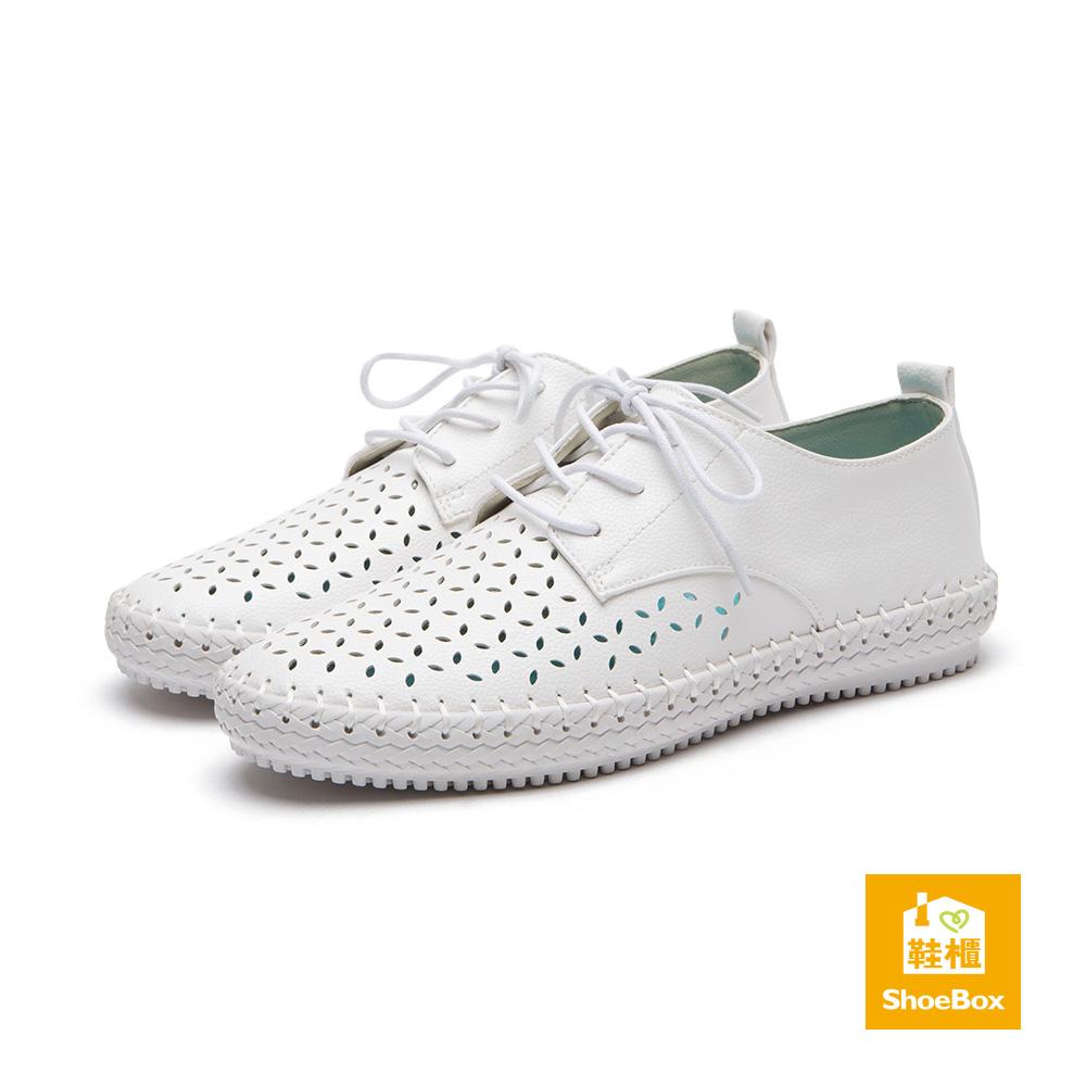 達芙妮DAPHNE ShoeBox系列 休閒鞋-縷空綁帶舒軟底休閒鞋-白