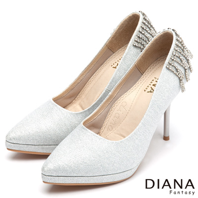 DIANA 超厚切焦糖美人款--精靈系氣質水鑽流蘇跟鞋-銀