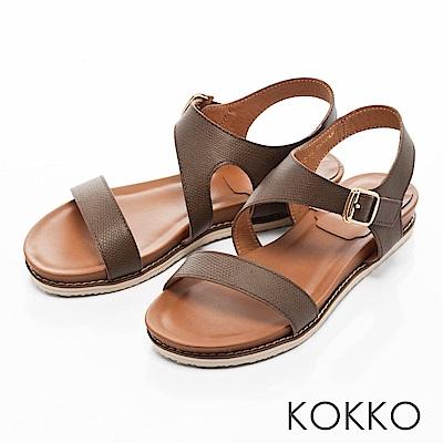 KOKKO-舒適幾何線條牛皮平底涼鞋-咖啡綠