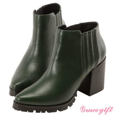 Grace gift X Kerina妞妞-復古鬆緊帶粗跟短靴 墨綠