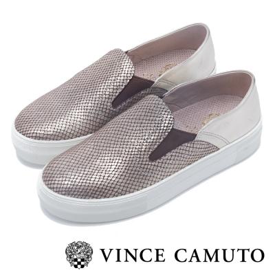 VINCE CAMUTO 率性女伶  金屬拼接魚紋伸縮帶厚底懶人鞋-金銅