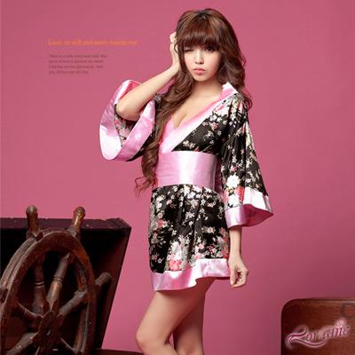 Lorrine 紅粉甜心二件式和服角色扮演服