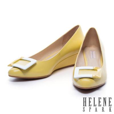 楔型鞋-HELENE-SPARK-烤漆方釦羊皮楔型高跟鞋-黃