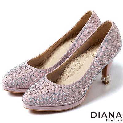 DIANA-超厚切焦糖美人款-進口細亮布面水鑽跟鞋