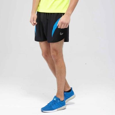V.TEAM-疾速型男慢跑短褲-黑