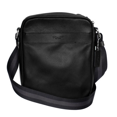 COACH黑色全皮內釦式夾層袋休閒斜背男包