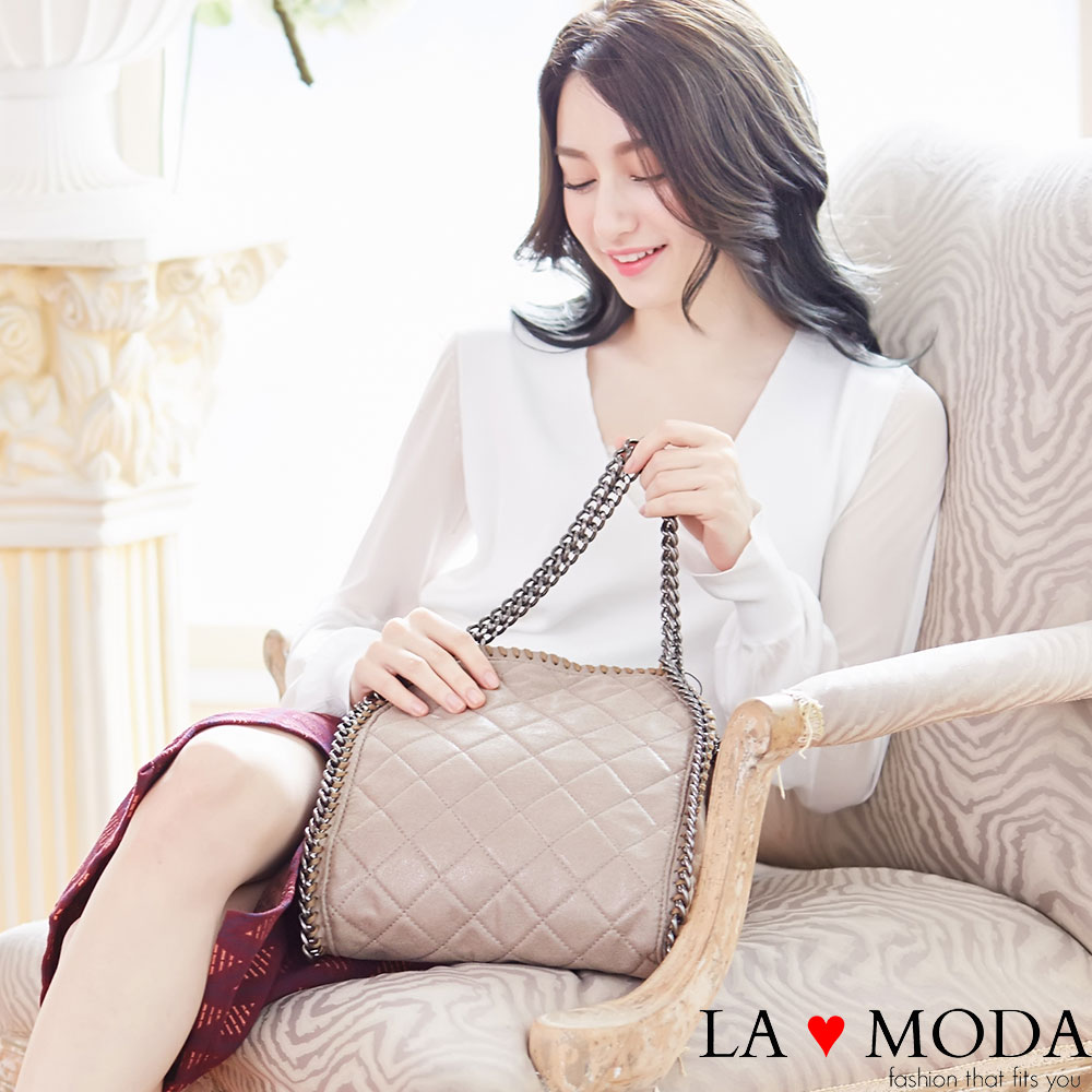 La Moda 歐美金屬邊鏈條系列 - 方形菱格手提肩背包(杏)
