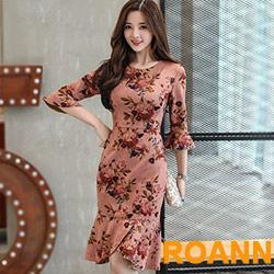圓領花樣印花麂皮绒五分袖洋裝 (共二色)-ROANN
