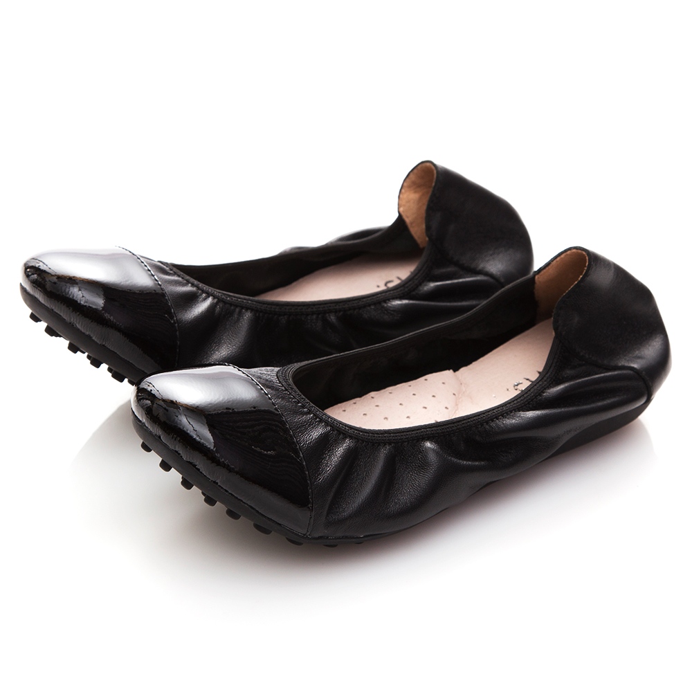 G.Ms. 牛漆皮拼接羊皮娃娃鞋-黑色