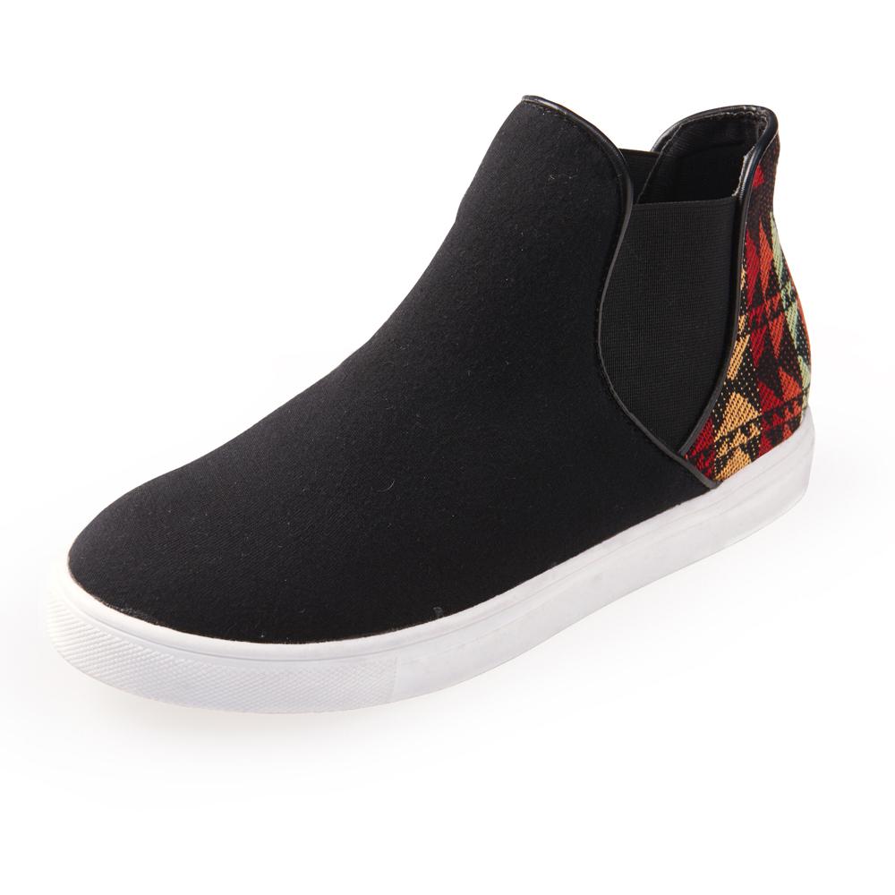Chichi 街頭潮流 圖騰拼接鬆緊帶休閒鞋*黑色
