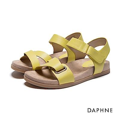 達芙妮DAPHNE 涼鞋-ㄑ型條帶魔鬼氈平底涼鞋-黃