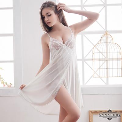 大尺碼  白蕾絲側開襟柔緞睡衣L-2L Annabery