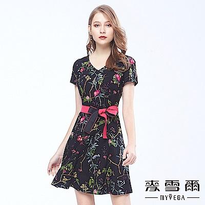 麥雪爾 歐式時尚印花打摺裙襬洋裝
