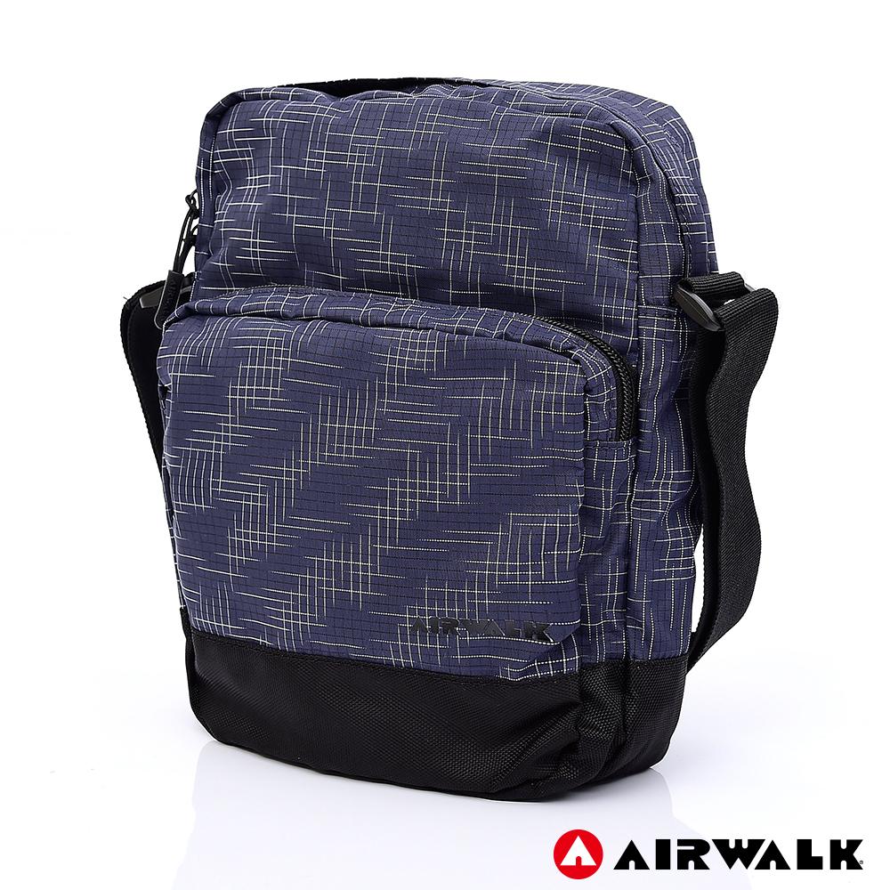 【AIRWALK】輕量緹花休閒側背包-藍色