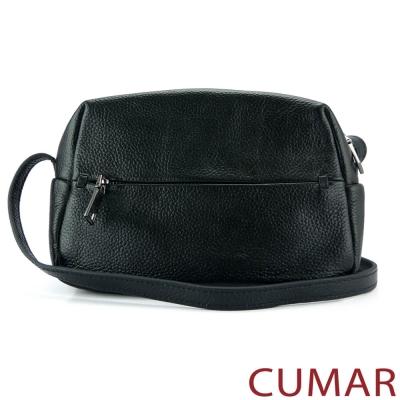 CUMAR 荔枝紋牛皮斜背小包-黑色