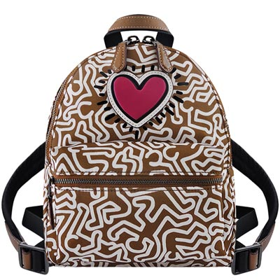 COACH Keith Haring焦糖色發光愛心圖樣輕量尼龍後背包COACH