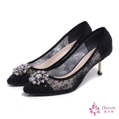 達芙妮DAPHNE-璀璨皇后花型寶石刺繡蕾絲尖頭高跟鞋-高貴醇黑