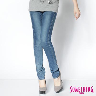 SOMETHING 輕恬花漾 三色心型袋花窄直筒褲-女款(拔洗藍)