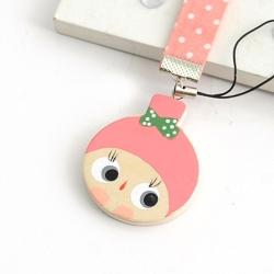 Aimee Toff 粉紅娃娃笑臉圓圓可愛手機吊飾
