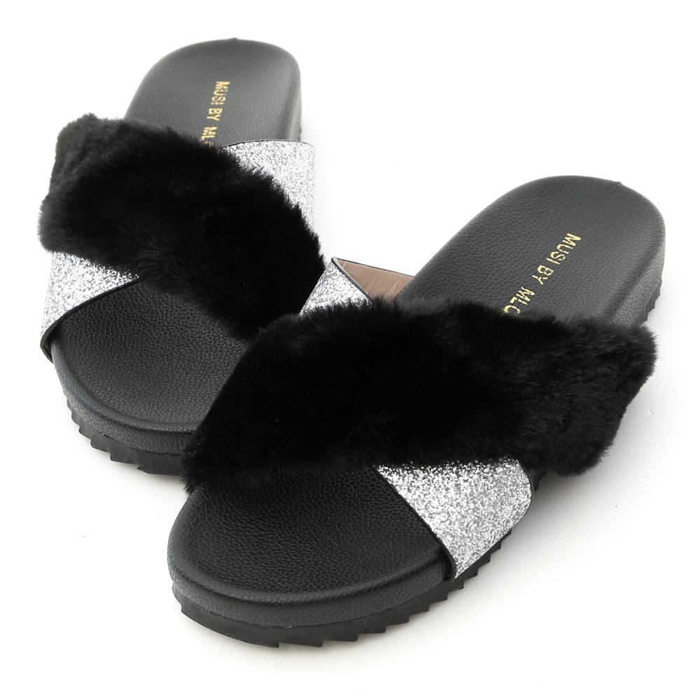 D+AF 魅力自在.交叉亮片拼接涼拖鞋*黑