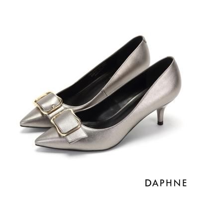 達芙妮DAPHNE 高跟鞋-蝴蝶結立體釦帶高跟尖頭鞋-錫