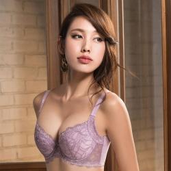 摩奇X 挺魔力大V背 D-F罩杯內衣(粉膚紫)