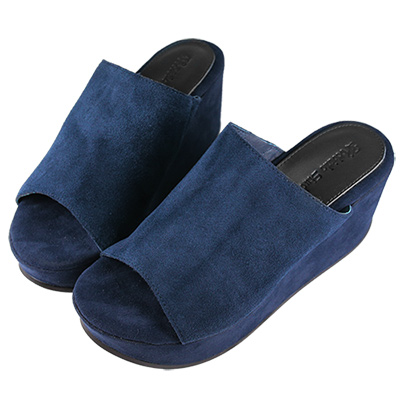 Robinlo Studio 絨面牛皮厚底鬆糕拖鞋 藍色