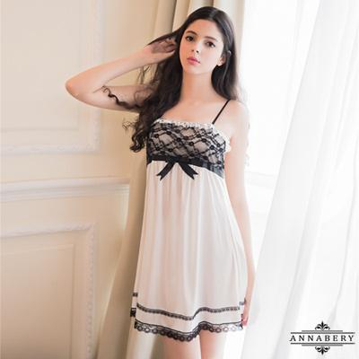 大尺碼Annabery歐式宮廷白色柔緞黑緹花蕾絲性感睡衣 白色 L-2L Annabery