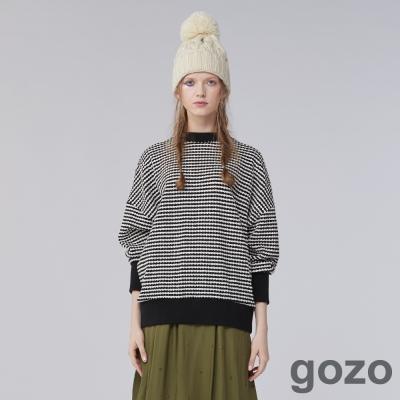 gozo 活潑創作色系幾何圖樣飛鼠袖上衣(二色)