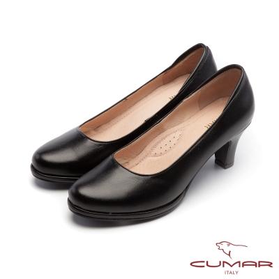 CUMAR經典黑與白-簡約素面OL防水台粗跟高跟鞋-黑