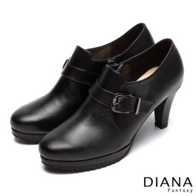 DIANA-漫步雲端厚切焦糖款-經典方釦真皮跟鞋-黑