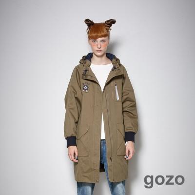 gozo-率性飛行員玩味刺繡連帽大衣外套-二色-動