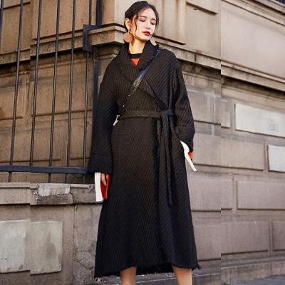 經典軟呢綁帶翻領長版大衣-黑色-Andstyle