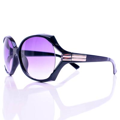 【Aimee Toff】銀邊質感都會時尚墨鏡
