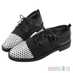 Robinlo&Co. 牛津編織異材質平底樂福鞋 黑