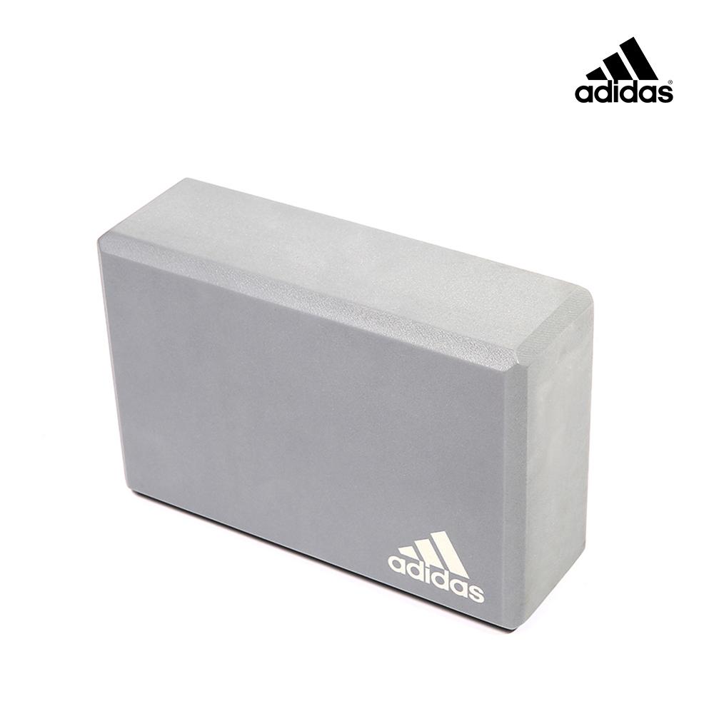 Adidas Yoga 專業訓練泡沫瑜珈磚