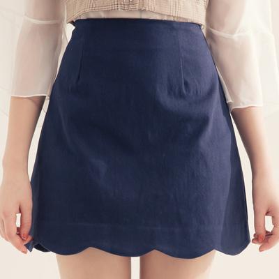 AIR SPACE  花瓣裙襬純色舒彈短裙(藍)!