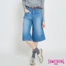 SOMETHING 復古重磅八分寬褲-女-拔洗藍